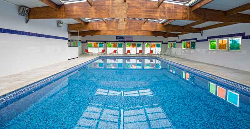 Indoor heated pool at the Palmyra Golf hotel and spa in Cap d'Agde