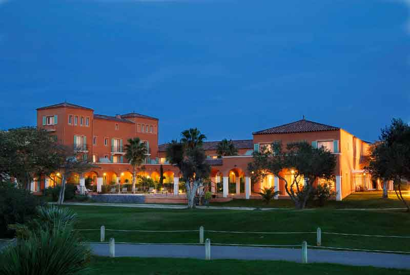 Evening view of the 4-star Palmyra Golf hotel in Cap d'Agde